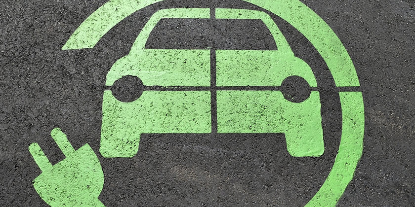 coche híbrido vs coche eléctrico